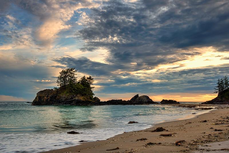Third Beach, Tofino (Photo: Michael Gabelmann)